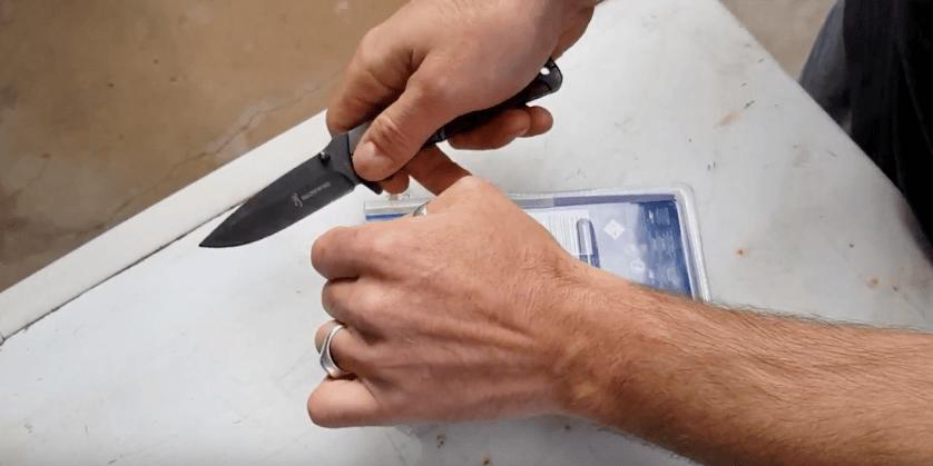 Работает ли средство Renumax для удаления царапин на машине: реальный отзыв