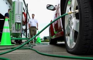 Накачать шины азотом