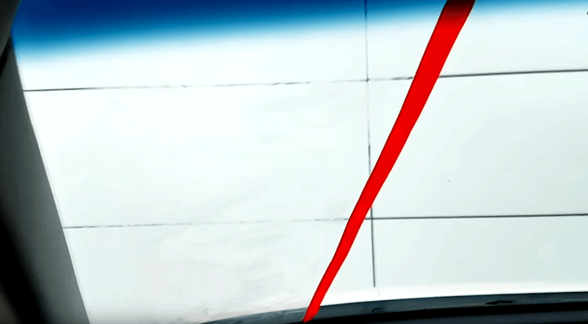 Почему потеют стёкла в машине и что делать?