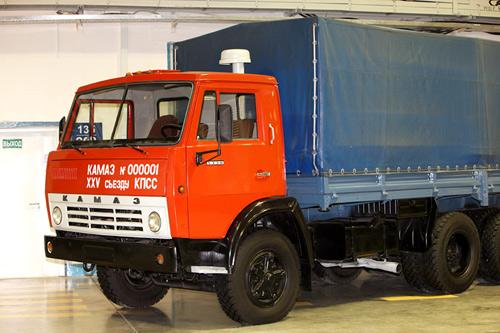 pervyj-kamaz-5320-muzejnyj-ekzemplyar